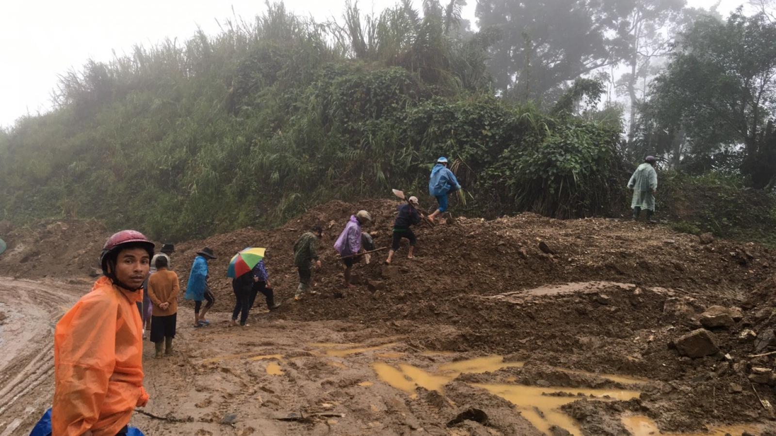Xác định thi thể trên sông Nước Xa là do sạt lở đất ở Nam Trà My