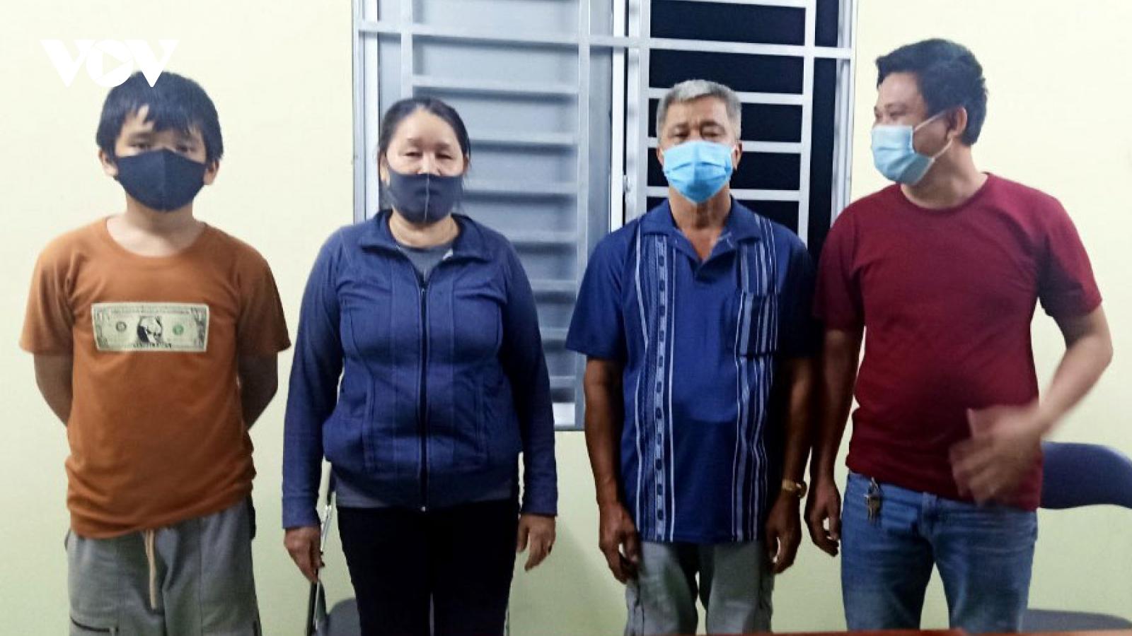 An Giang xử phạt và đưa 4 người nhập cảnh trái phép đi cách ly tập trung