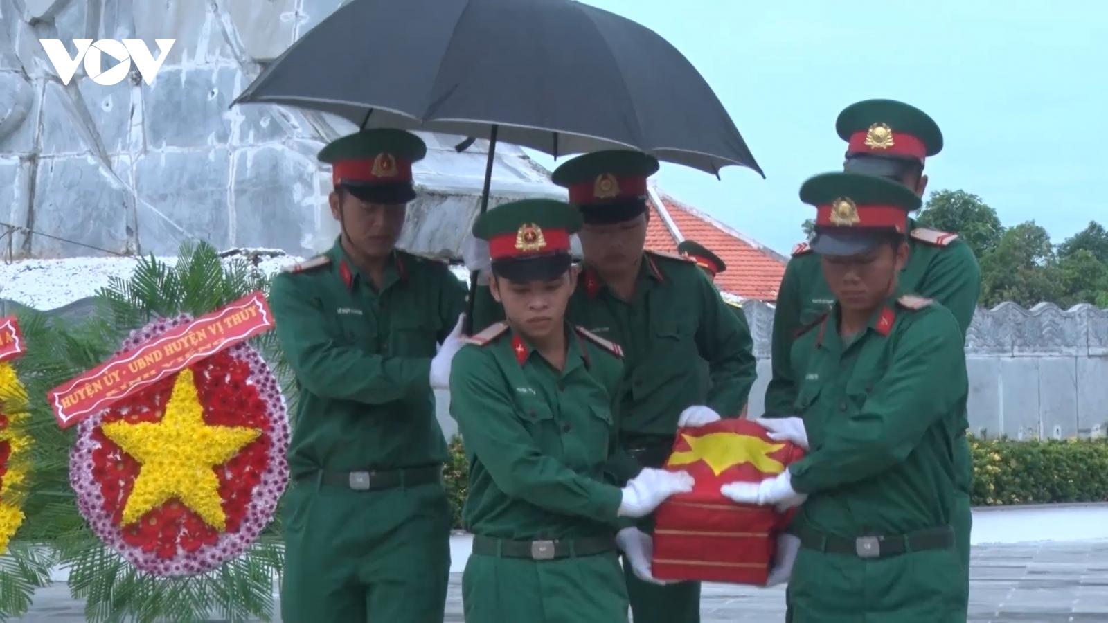 Truy điệu, cải táng 7 hài cốt liệt sĩhy sinh tại Hậu Giang