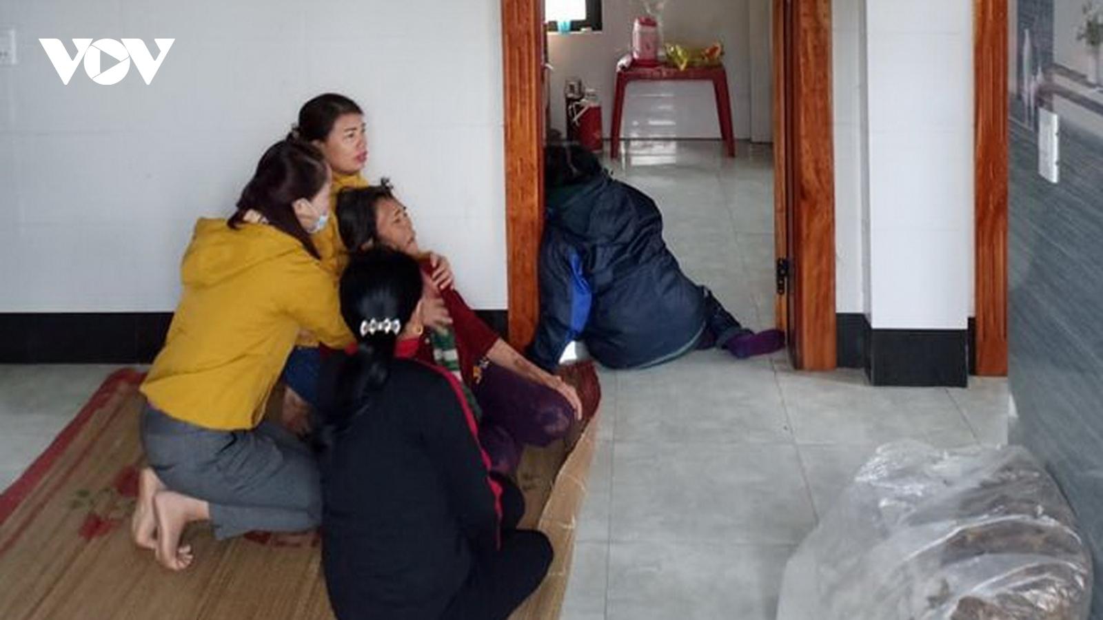 4 mẹ con thương vong khi đốt than nằm ngủ trong phòng
