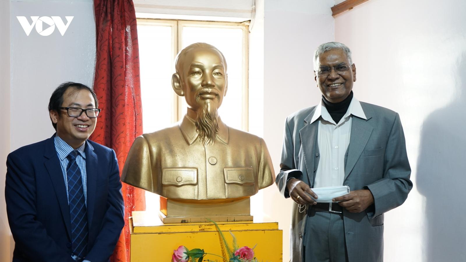 Đảng Cộng sản Việt Nam chúc mừng Đảng Cộng sản Ấn Độ