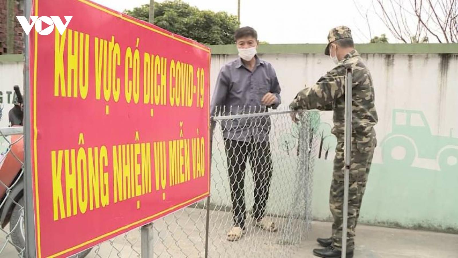 Quảng Ninh điều động 200 cán bộ y tế hỗ trợ Đông Triều chống dịch