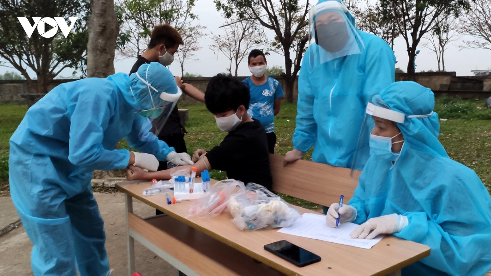 Người đi, về từ TP Chí Linh, sân bay Vân Đồn từ tháng 1/2021 khẩn trương khai báo y tế