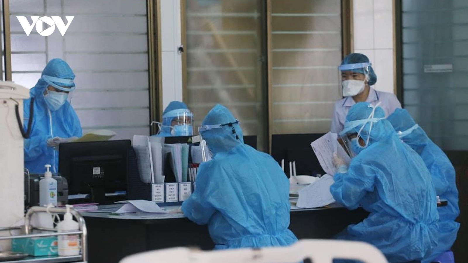 Việt Nam có thêm 2 ca mắc COVID-19 mới trở về từ Mỹ