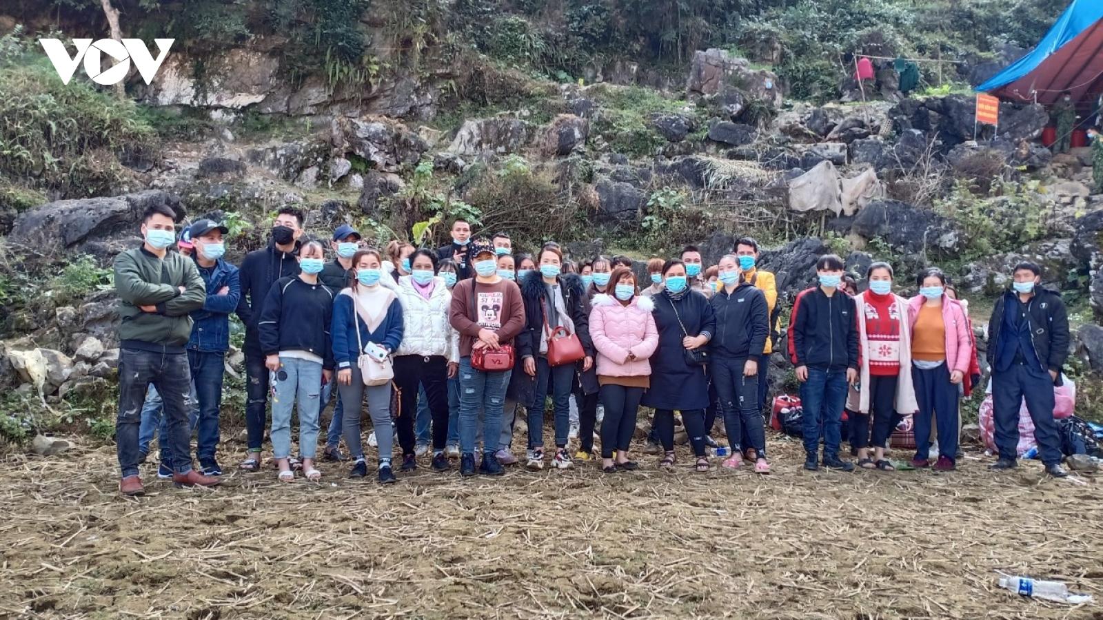 Giảm tải cho Cao Bằng, Bắc Kạn chuẩn bị tiếp nhận công dân về nước cách ly