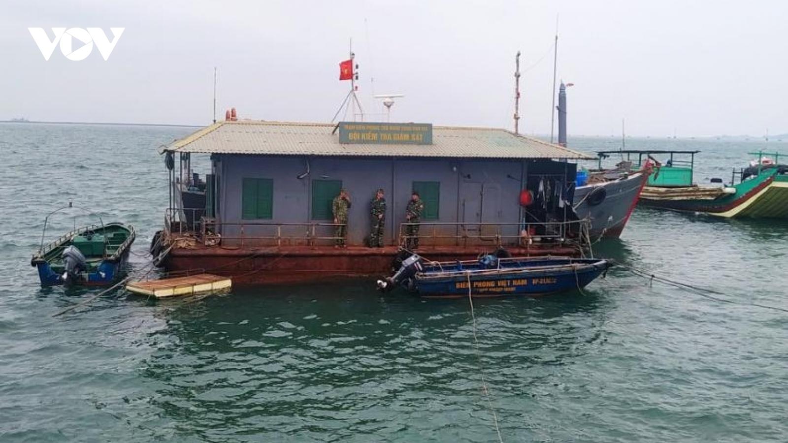 Thành phố Móng Cái cấm tàu thuyền hoạt động trên sông biên giới