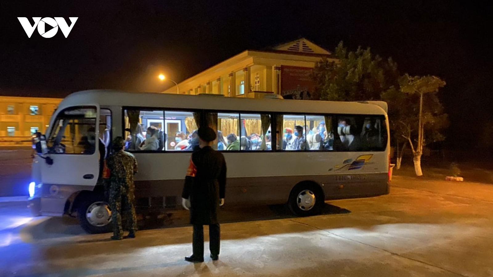 Tiếp nhận 210 công dân nhập cảnh đưa vào khu cách ly tập trung ởBắc Kạn