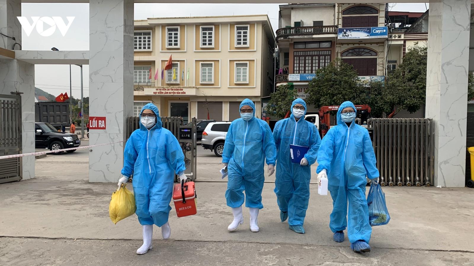 Gần 4.000 trường hợp F1, F2 ở Vân Đồn (Quảng Ninh) đã được lấy mẫu xét nghiệm