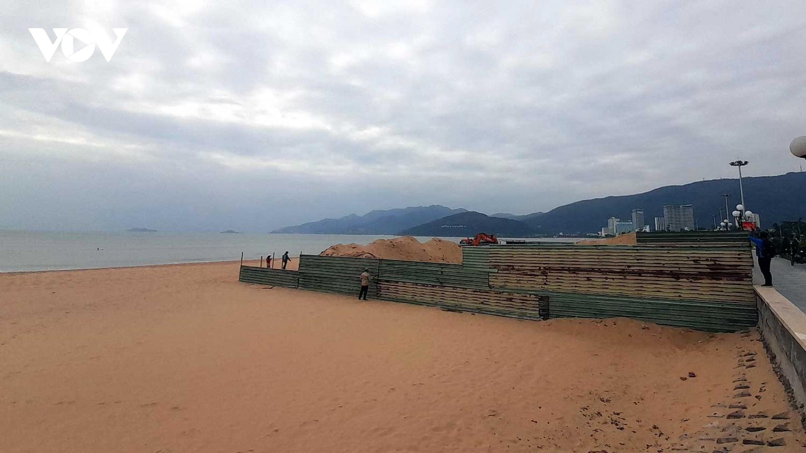 Dự án dịch vụ lấn chiếm bãi biển Quy Nhơn bị dừng thi công
