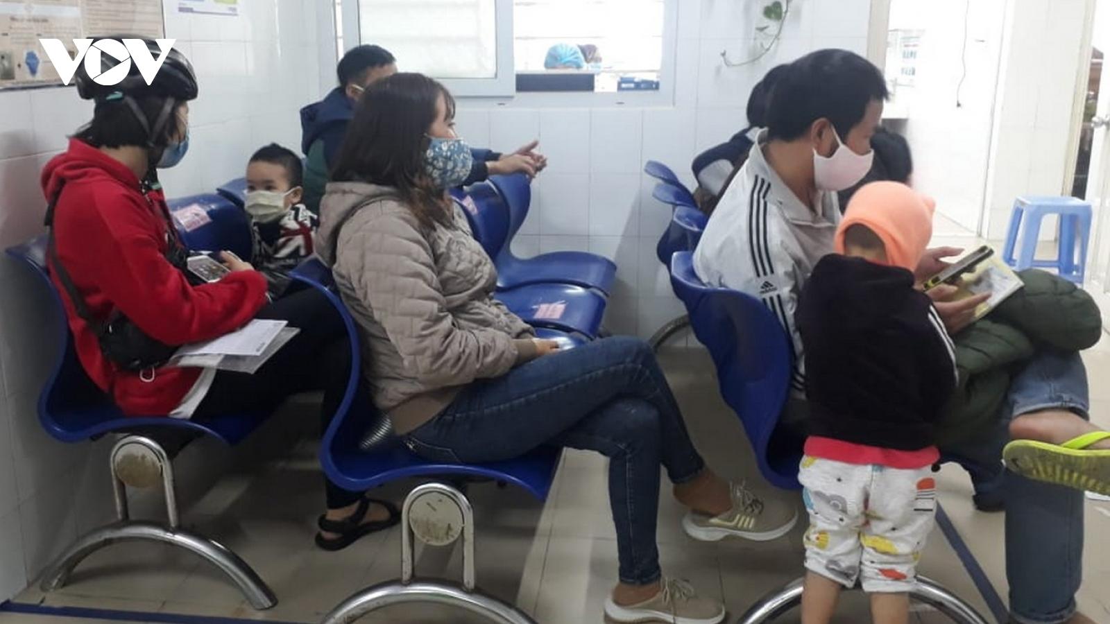 Thời tiết lạnh, nhiều trẻ nhỏ ở Đà Nẵng nhập viện vì bệnh đường hô hấp