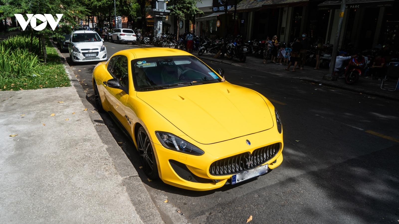 """Maserati GranTurismo MC Sport Line """"hàng độc"""" dạo phố"""