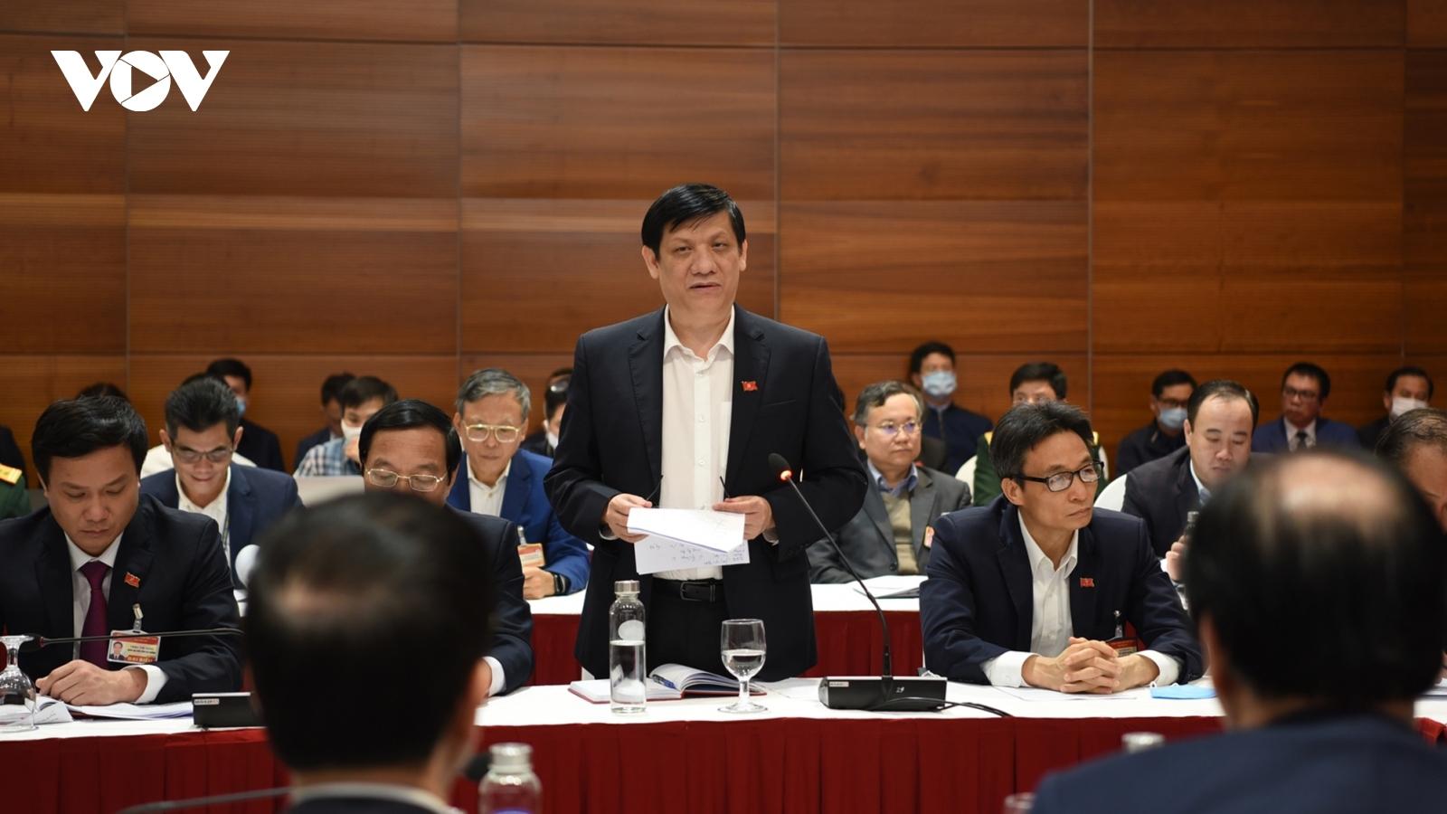 Thủ tướng yêu cầu Bộ Y tế phải có vaccine COVID-19 trong quý I