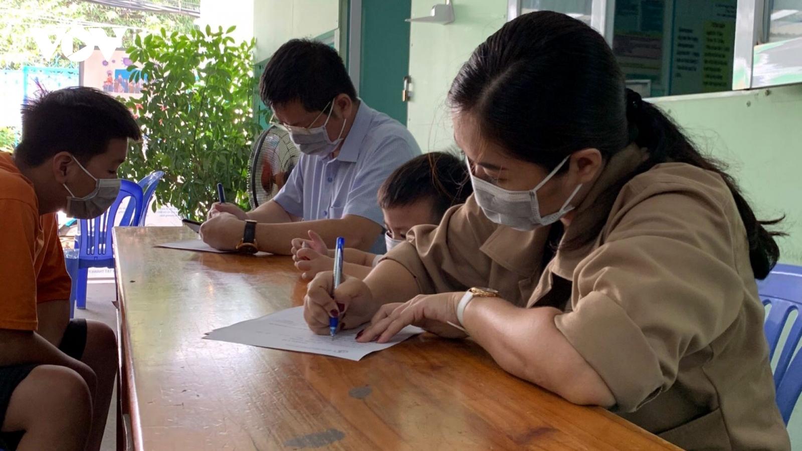 170/446 người Hải Dương, Quảng Ninh vào TPHCM âm tính với Covid-19