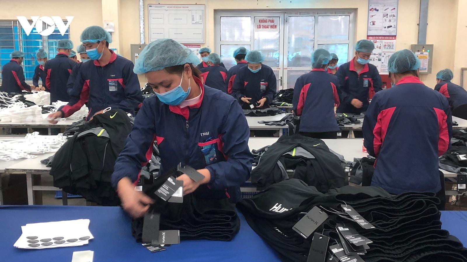 Doanh nghiệp Việt nắm bắt cơ hội, vượt qua khó khăn dịch Covid-19