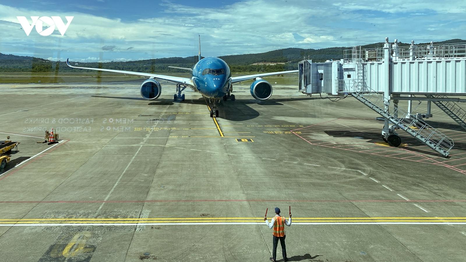 Đón khách quốc tế đến Phú Quốc: Cần quy định rõ mức bảo hiểm Covid-19