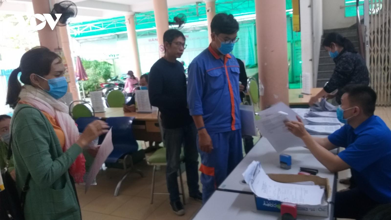 Nhu cầu lao động tại Khánh Hòa giảm sâu, người mất việc thêm khó khăn
