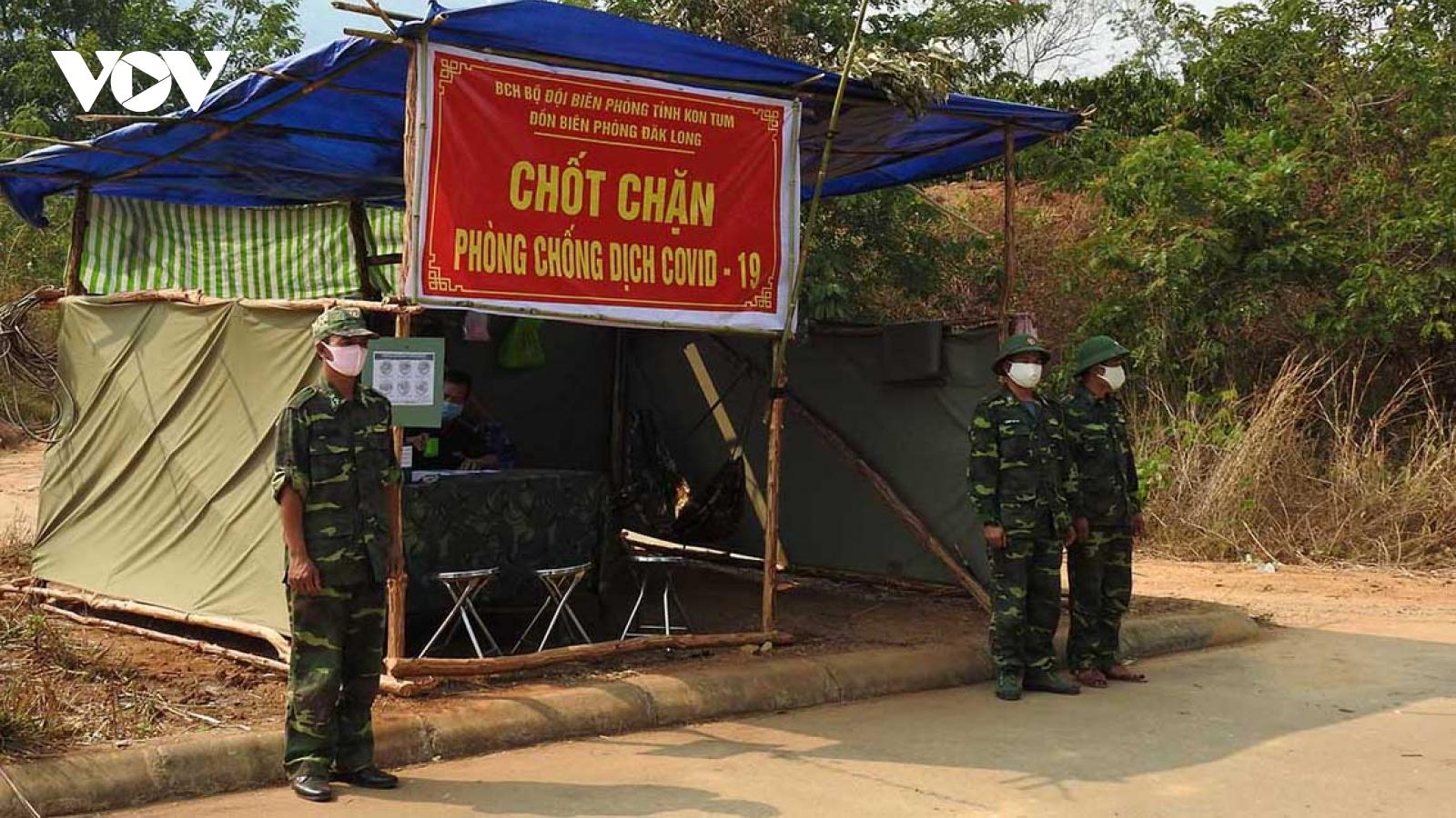Lực lượng Biên phòng Kon Tum kiểm soát chặt biên giới để ngăn dịch Covid-19