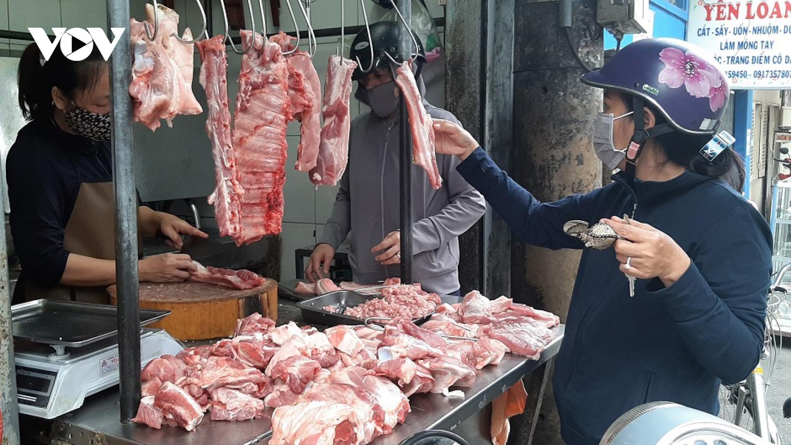 Giá thịt lợn tăng thời điểm cuối năm
