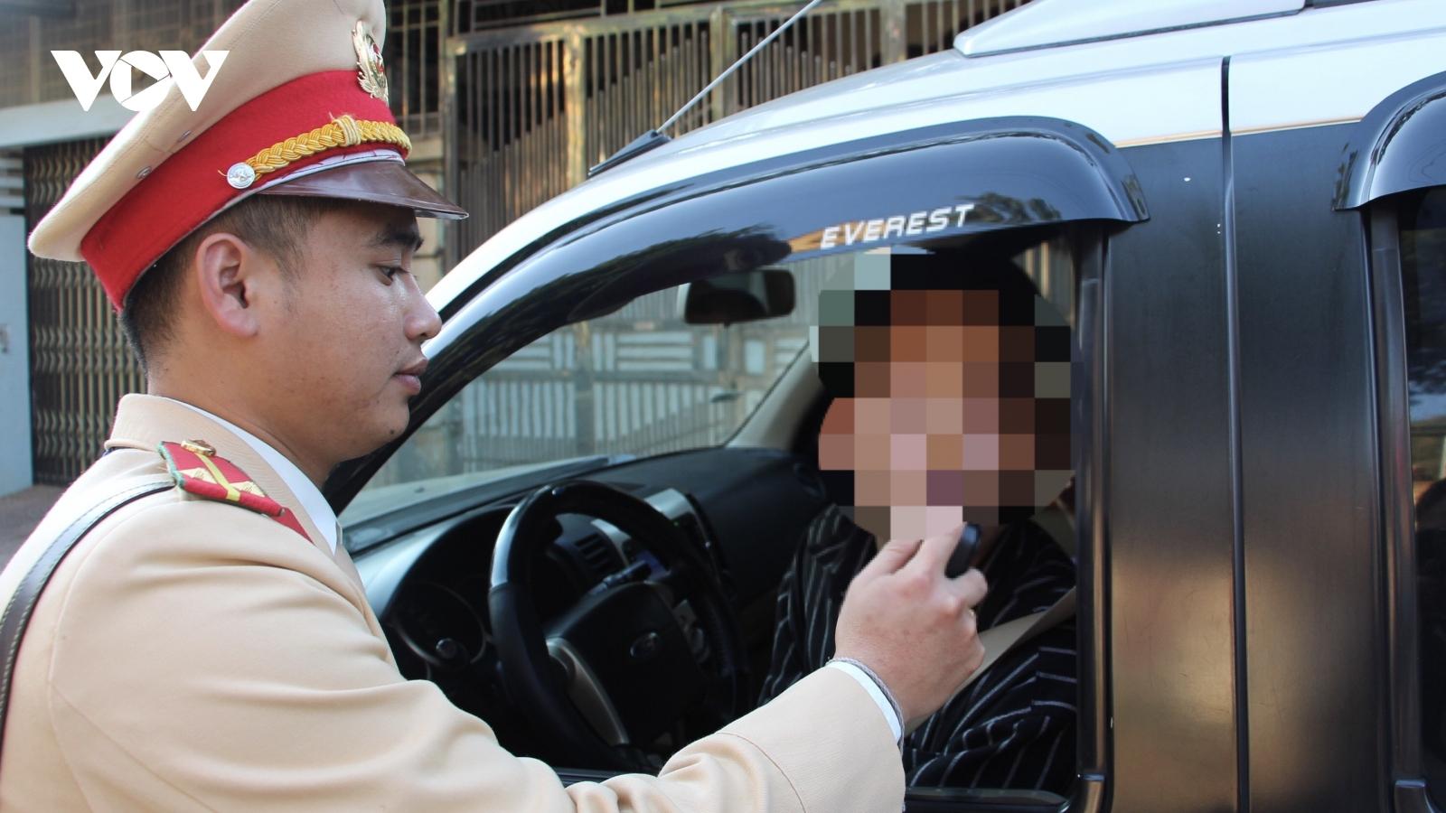 Vi phạm nồng độ cồn, một lái xe ở Yên Bái bị phạt hơn 40 triệu đồng
