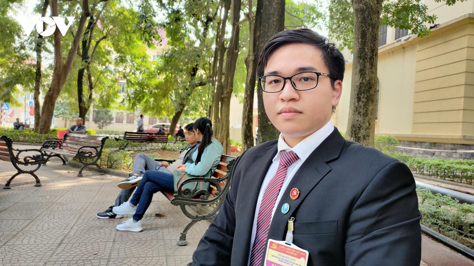 Chàng sinh viên dự khai mạc Đại hội XIII của Đảng và khát vọng cống hiến