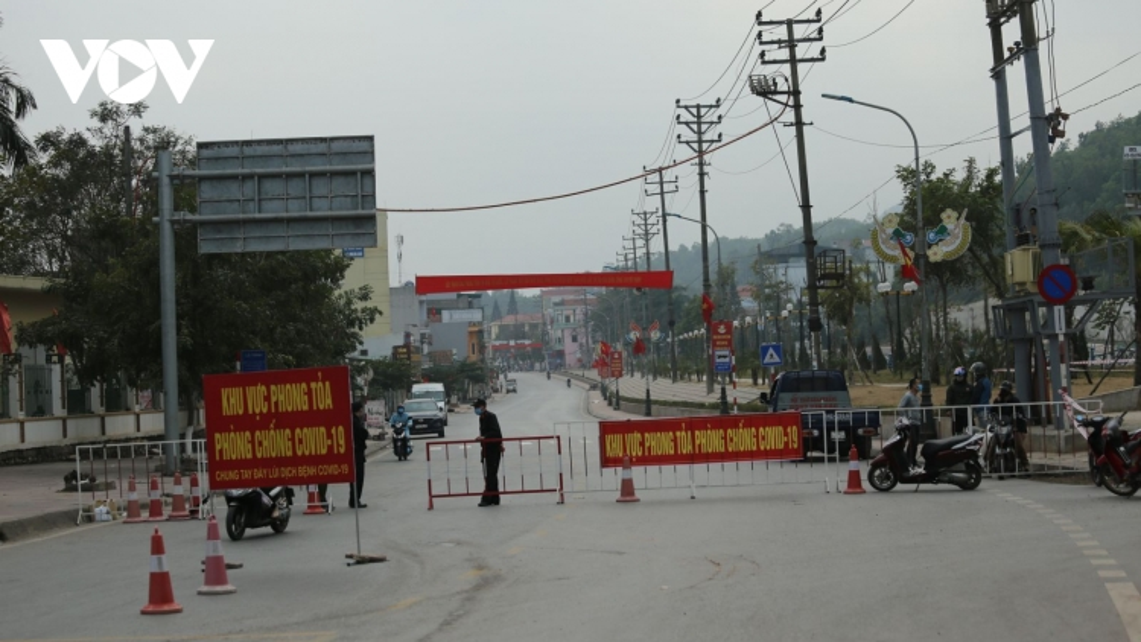 Quảng Ninh tiếp tục phong tỏa nhiều khu dân cư