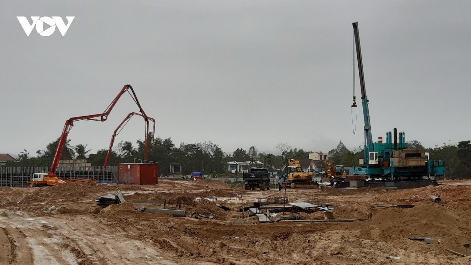 Chấm dứt hợp đồng và từ chối với nhà thầu thi công chậm tiến độ