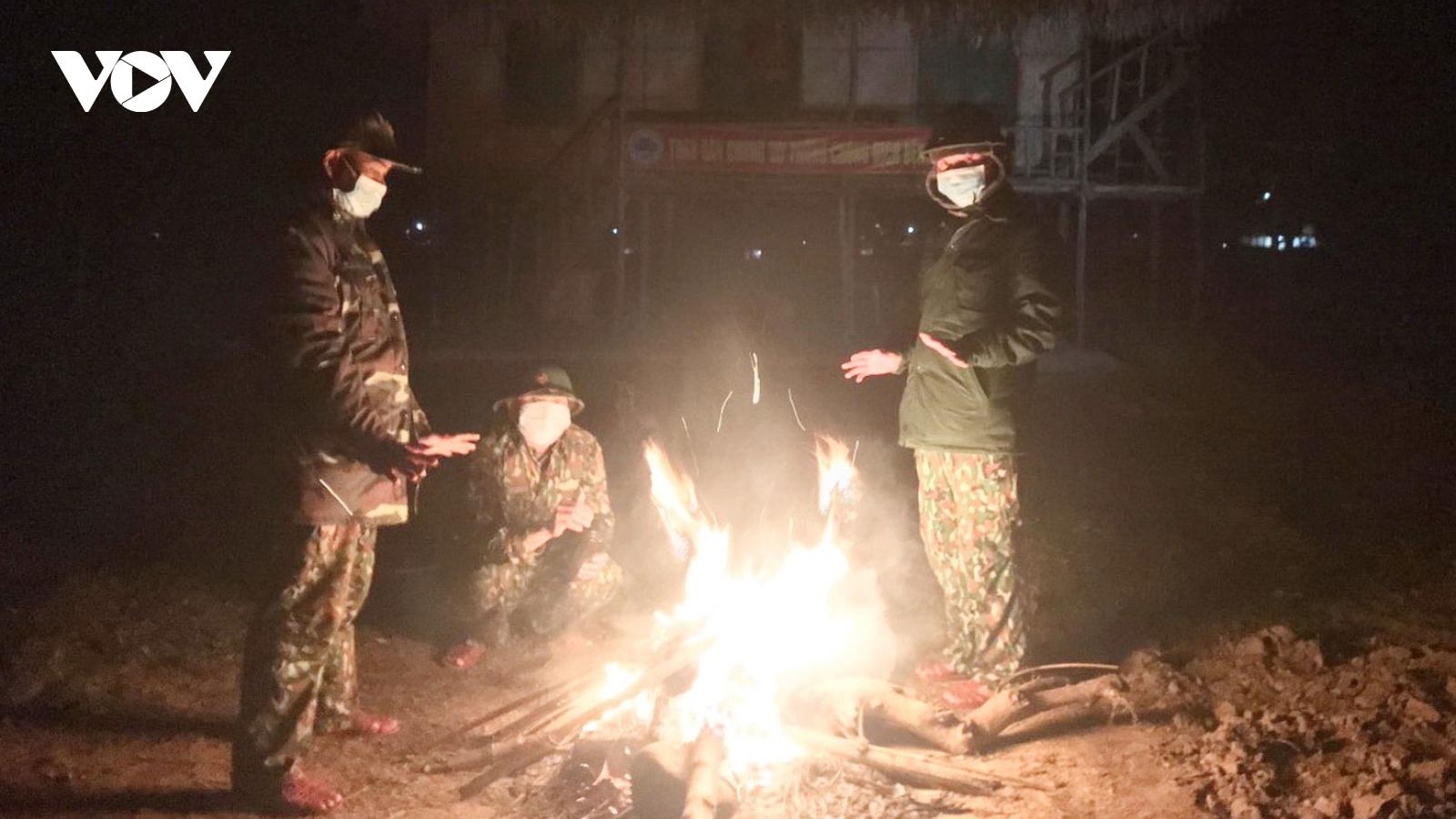 Đêm giá rét trên chốt tuần tra biên giới phòng chống dịch