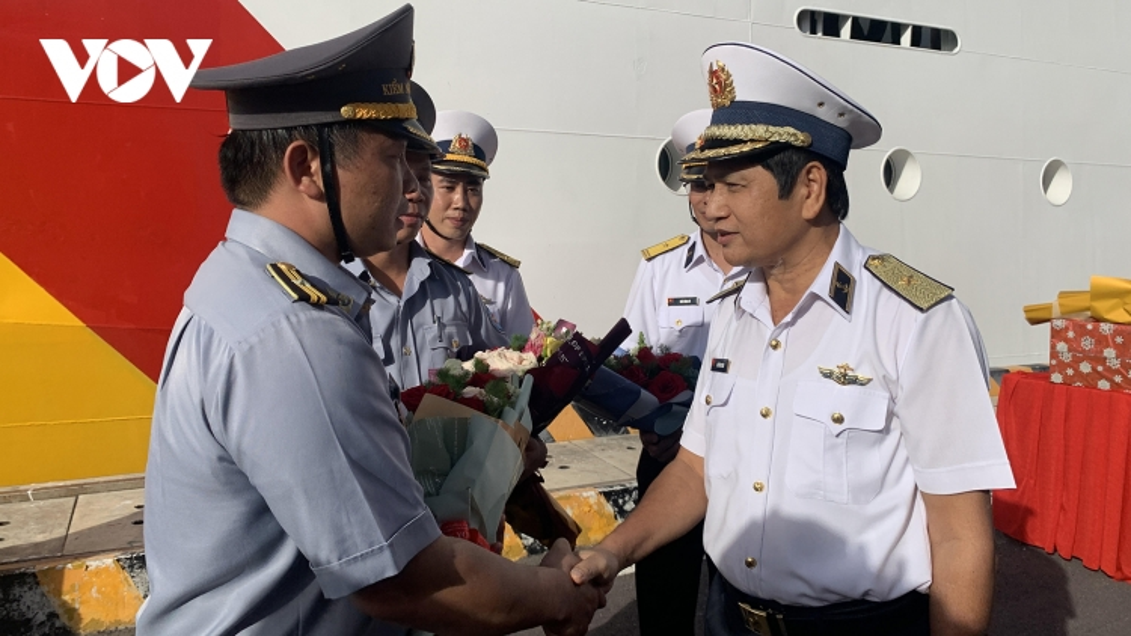 Tàu rời quân cảng Cam Ranh, mang Xuân đến Trường Sa