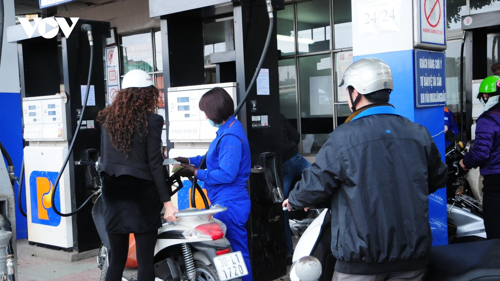 Giá xăng dầu sẽ tăng lần thứ 4 liên tiếp?