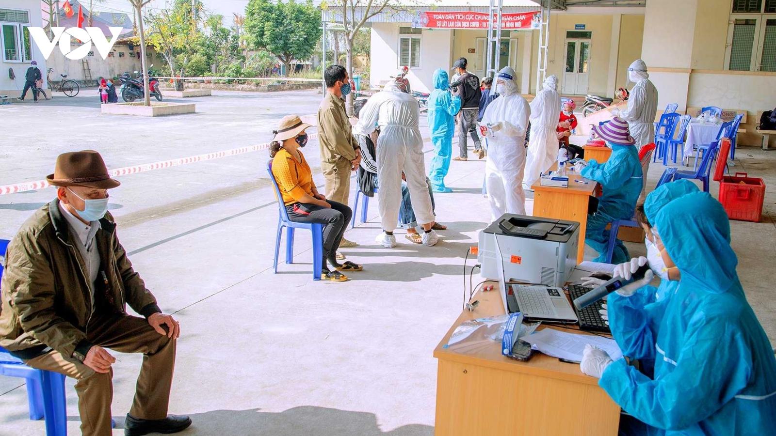 80% người dân ở 21 xã, phường ở Quảng Ninh được lấy mẫu xét nghiệm SARS-CoV-2