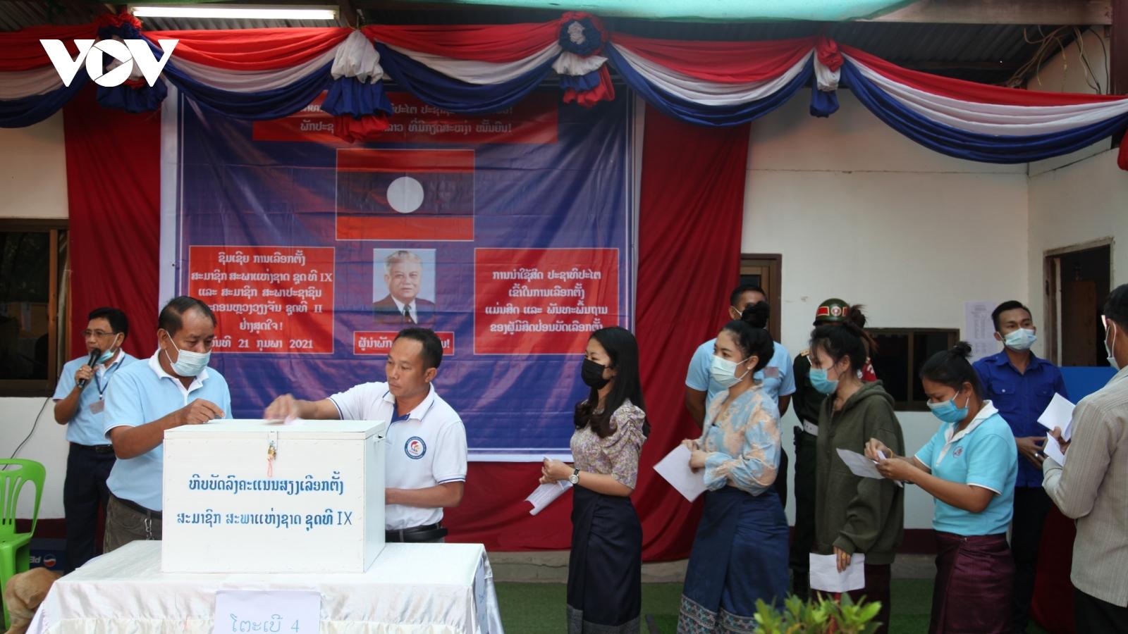 Hơn 4 triệu cử tri Lào đi bầu đại biểu Quốc hội và Hội đồng nhân dân cấp tỉnh, thành phố