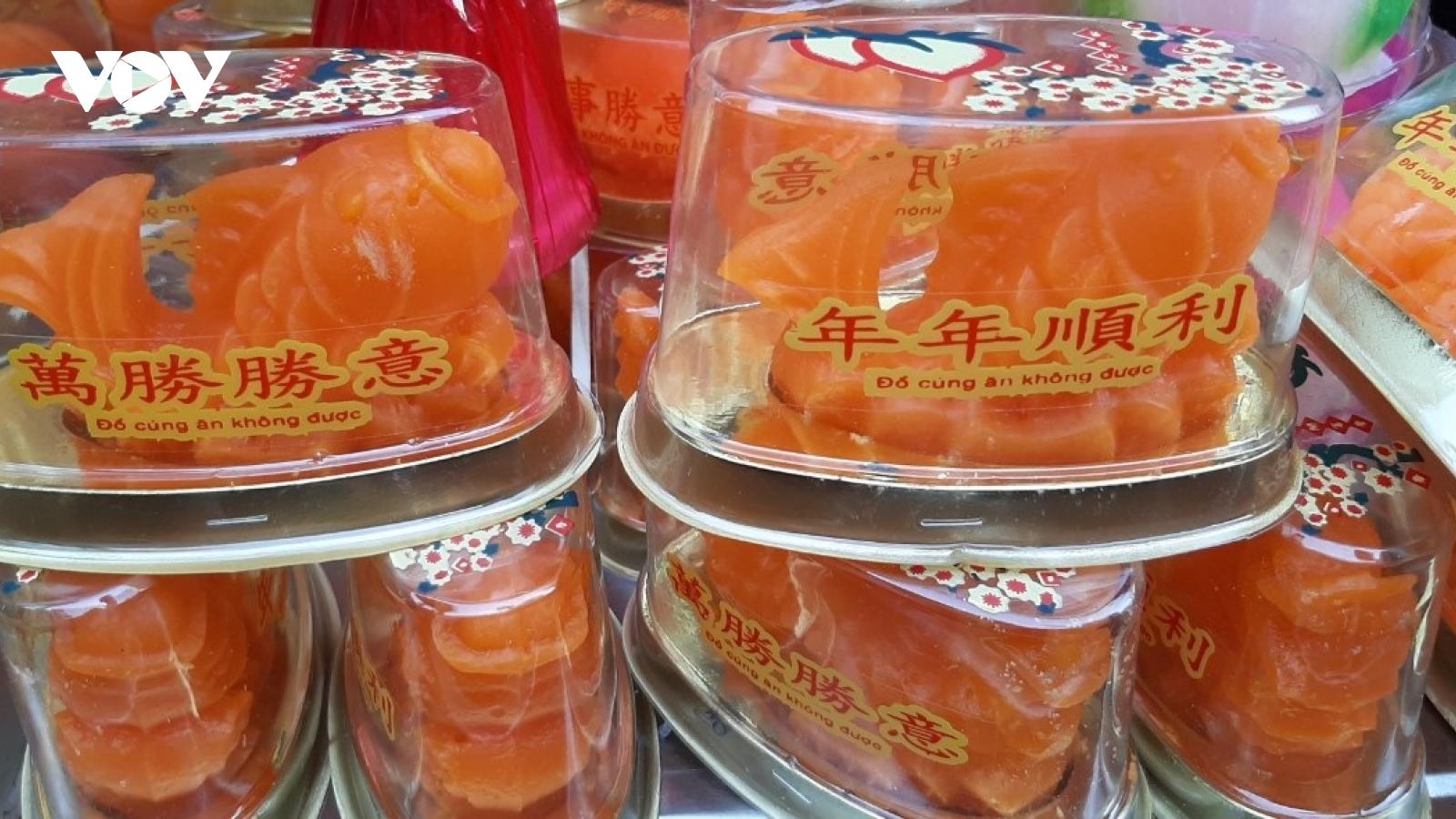 Chợ Tết ông Công, ông Táo: Xuất hiện nhiều bánh lạ
