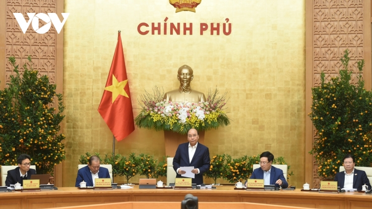 PM Phuc orders COVID-19 vaccine supply to be ready in first quarter