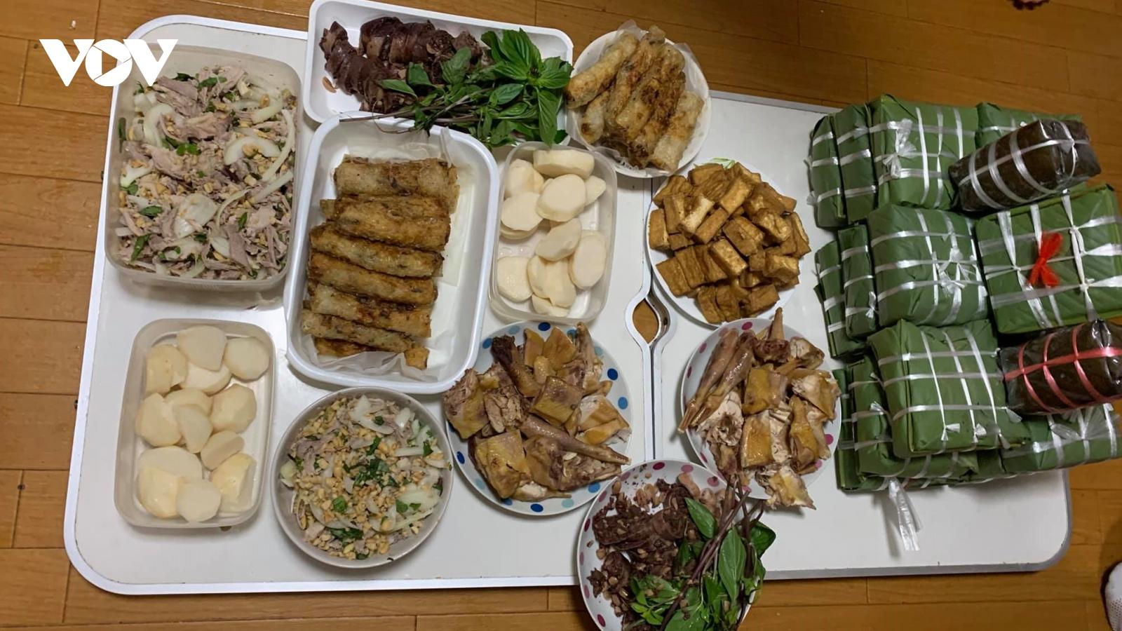 Về nhà ăn Tết - ước muốn xa vời của nhiều lao động Việt Nam ở nước ngoài
