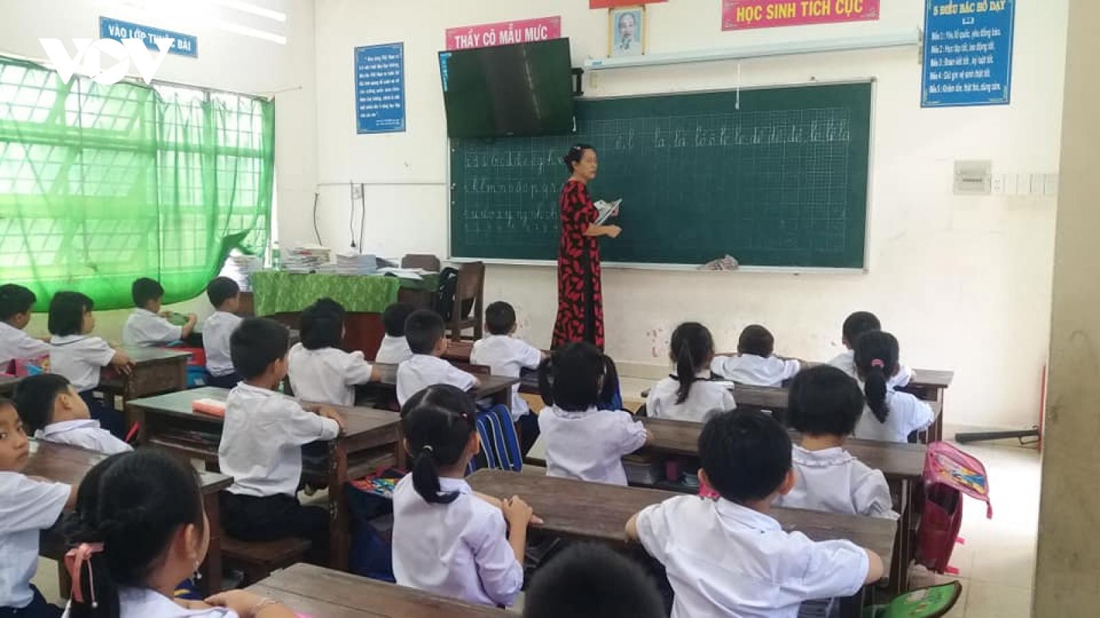 Tiền Giang, Bến Tre siết chặt công tác phòng chống covid-19 trong trường học
