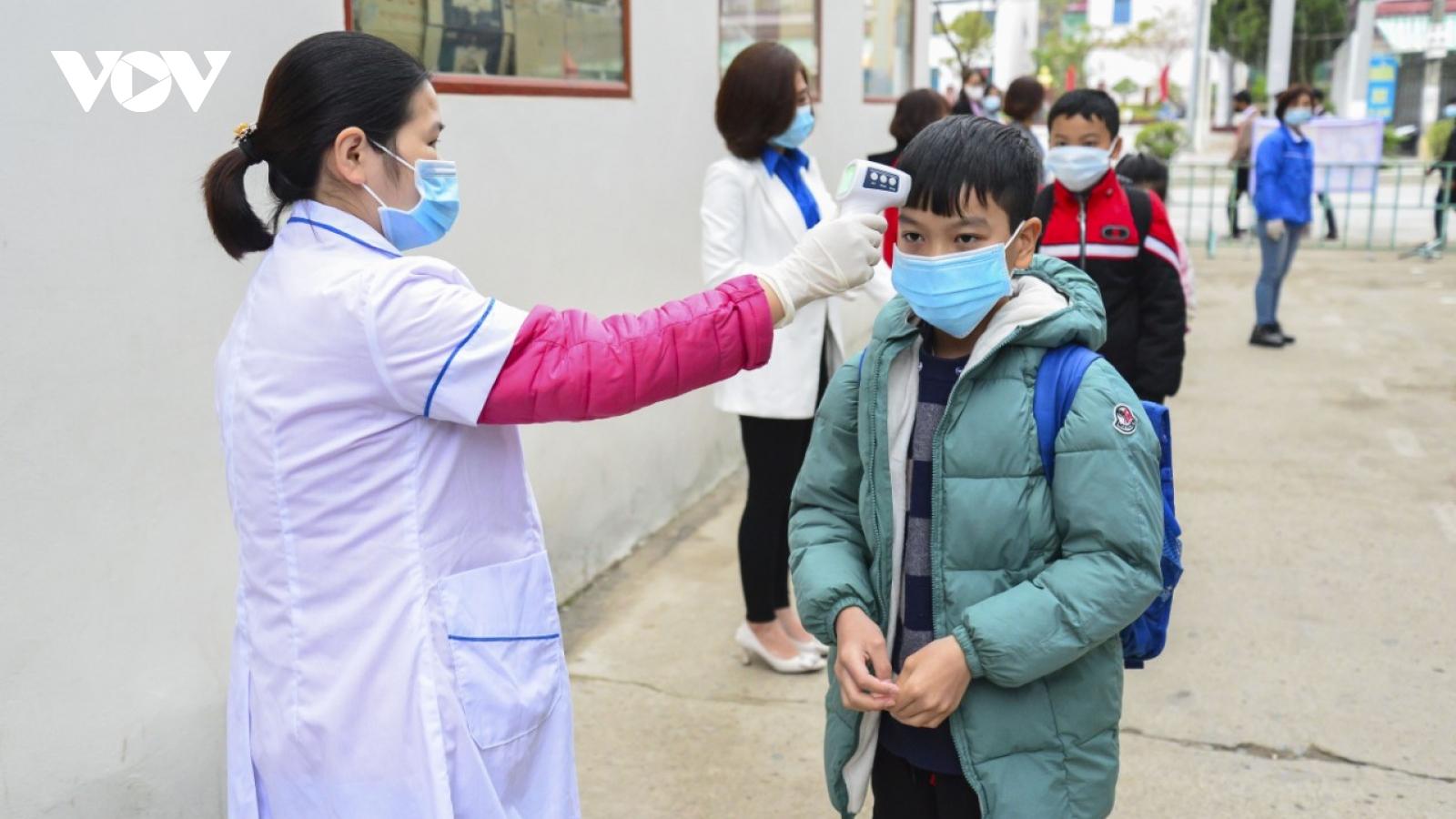 Ngày đầu tiên học sinh Điện Biên đi học trở lại sau kỳ nghỉ Tết nguyên đán