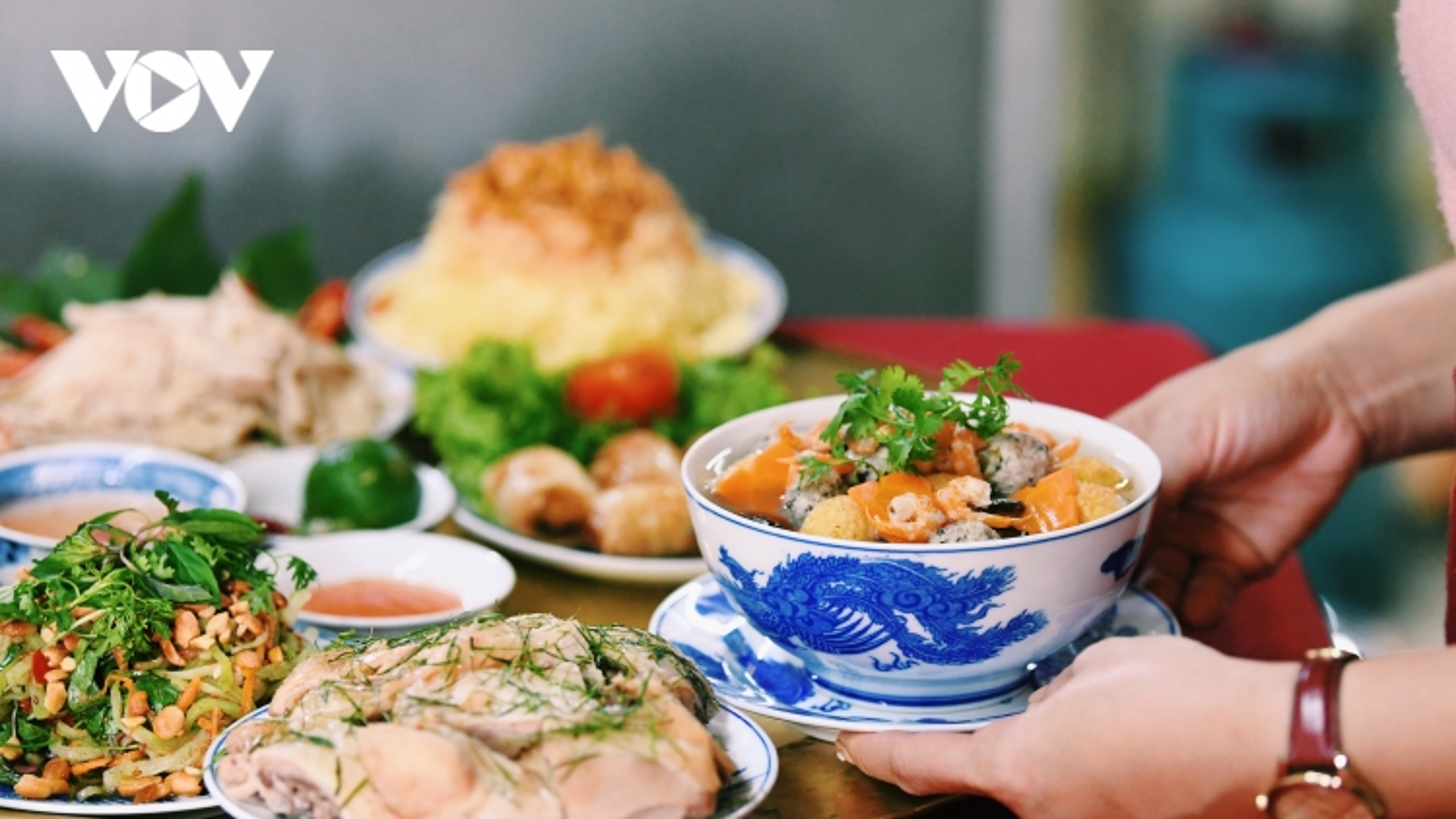 Cận cảnh mâm cỗ cúng rằm tháng Giêng truyền thống của người Hà Nội