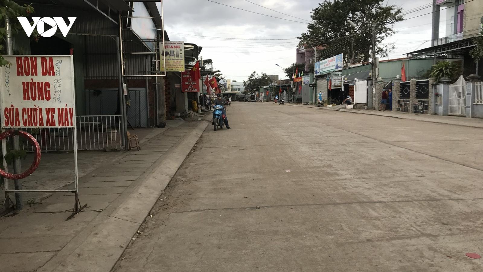 Bên trong thị xã Ayun Pa (tỉnh Gia Lai) bị cách ly vì Covid-19