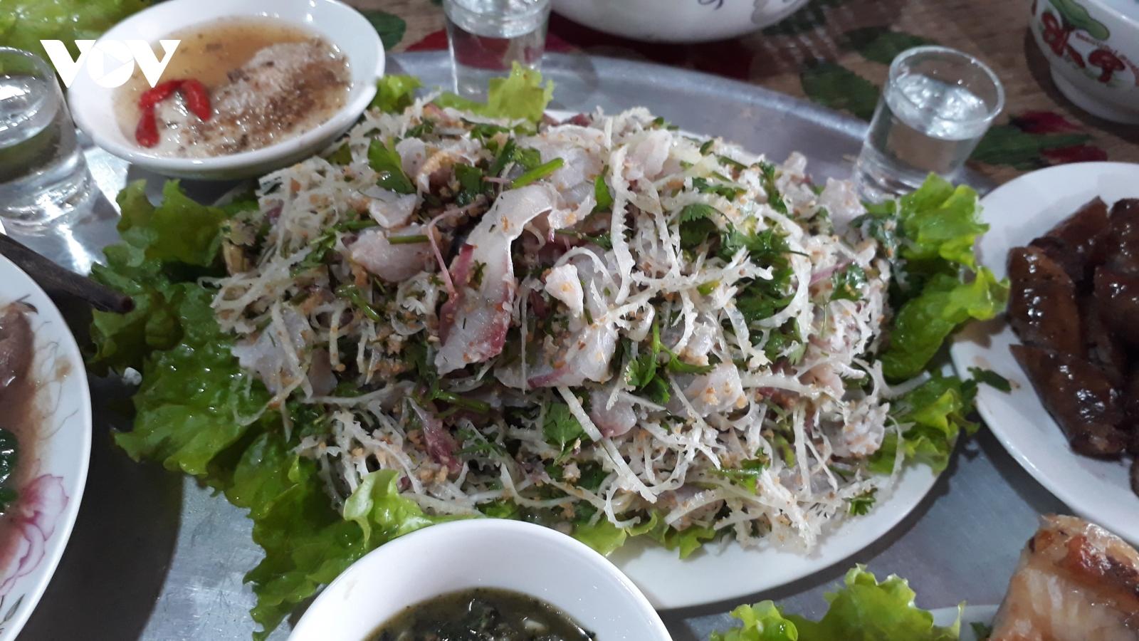 Cá bỗng – nét văn hóa ẩm thực ngày Tết của đồng bào Tày Lục Yên