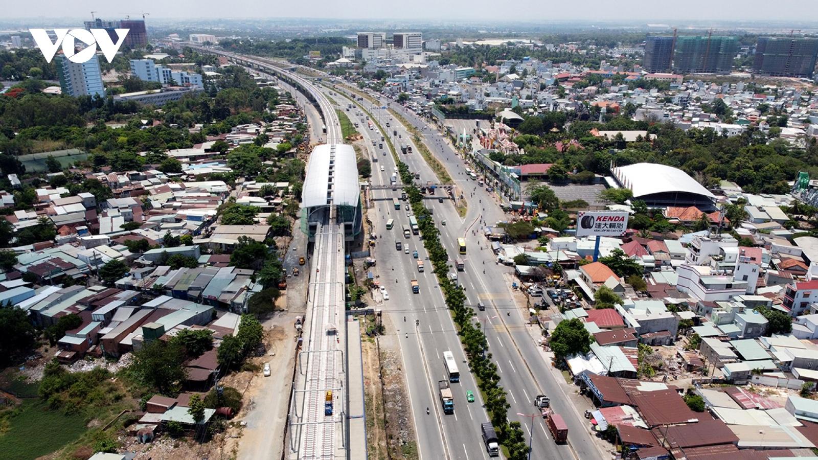 Tuyến Metro số 1 TP HCM lùi mốc vận hành thương mại sang 2022