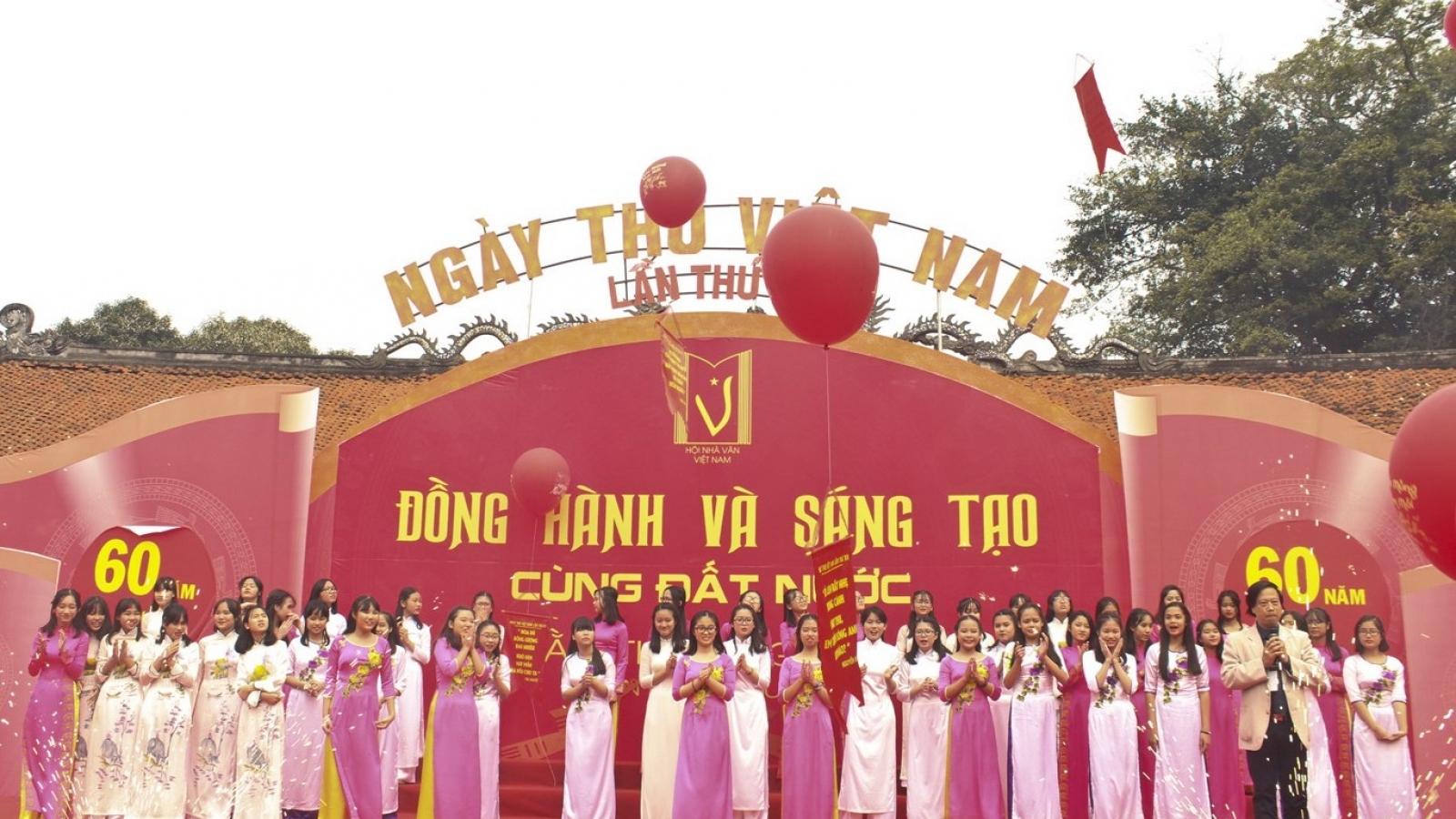 Dừng tổ chức Ngày thơ Việt Nam lần thứ XVIII vì dịch Covid-19