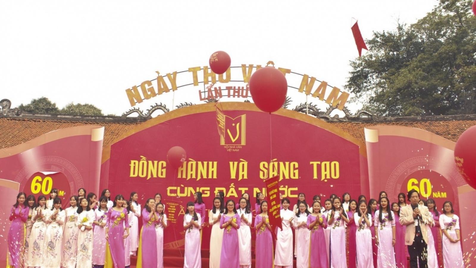 """Lan toả tinh thần """"Ngày thơ Việt Nam"""" trên mạng xã hội"""