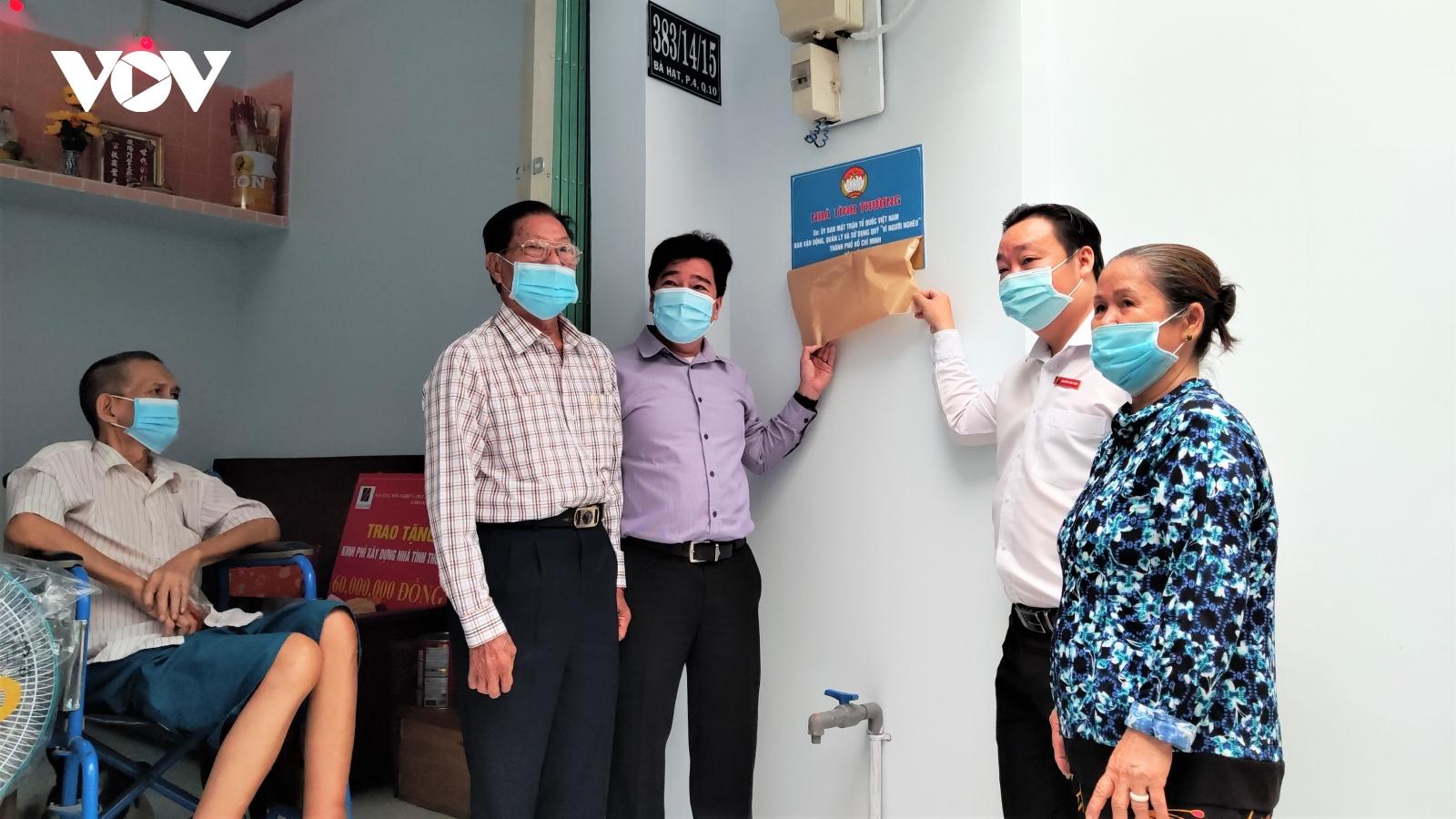 Người nghèo ở TPHCM đón Tết ấm áp trong căn nhà tình thương