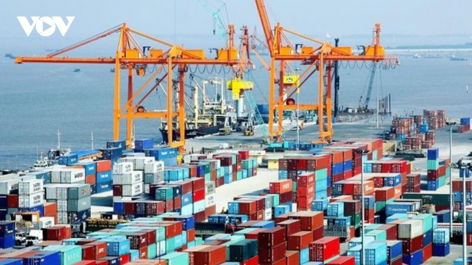 Maritime transport marks bright spot for Vietnamese economic growth