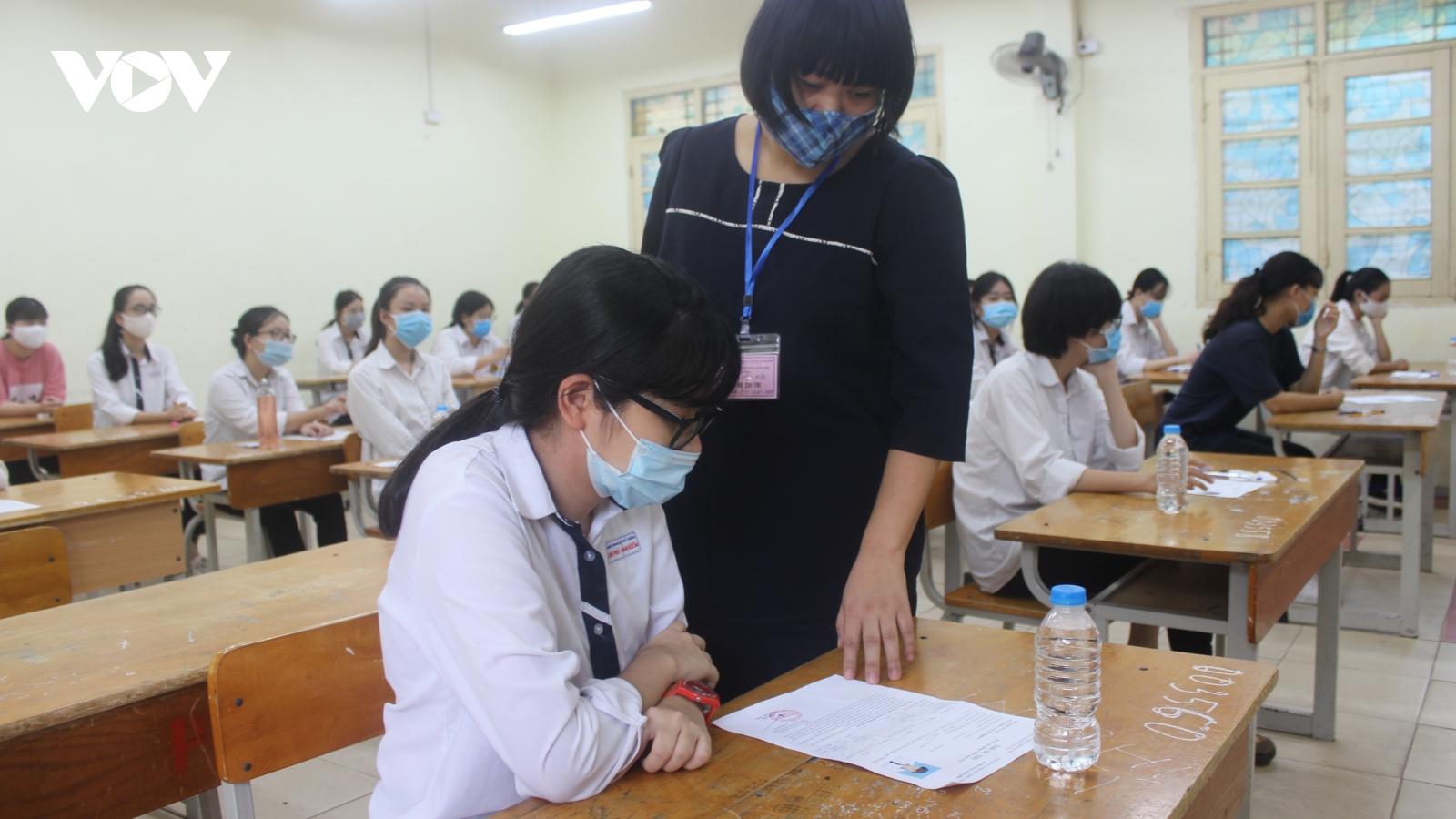 Phương án tuyển sinh lớp 10 ở Hà Nội sẽ căn cứ vào diễn biến dịch bệnh