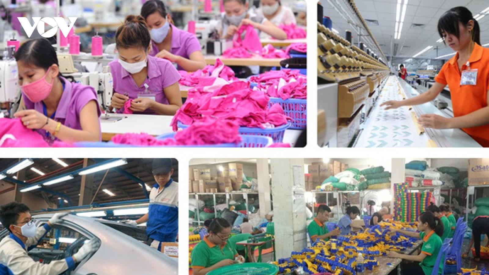 Phát triển thị trường lao động theo hướng hiện đại