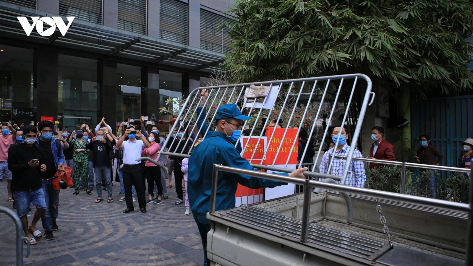 Hà Nội dỡ bỏ phong tỏa chung cư 88 Láng Hạ