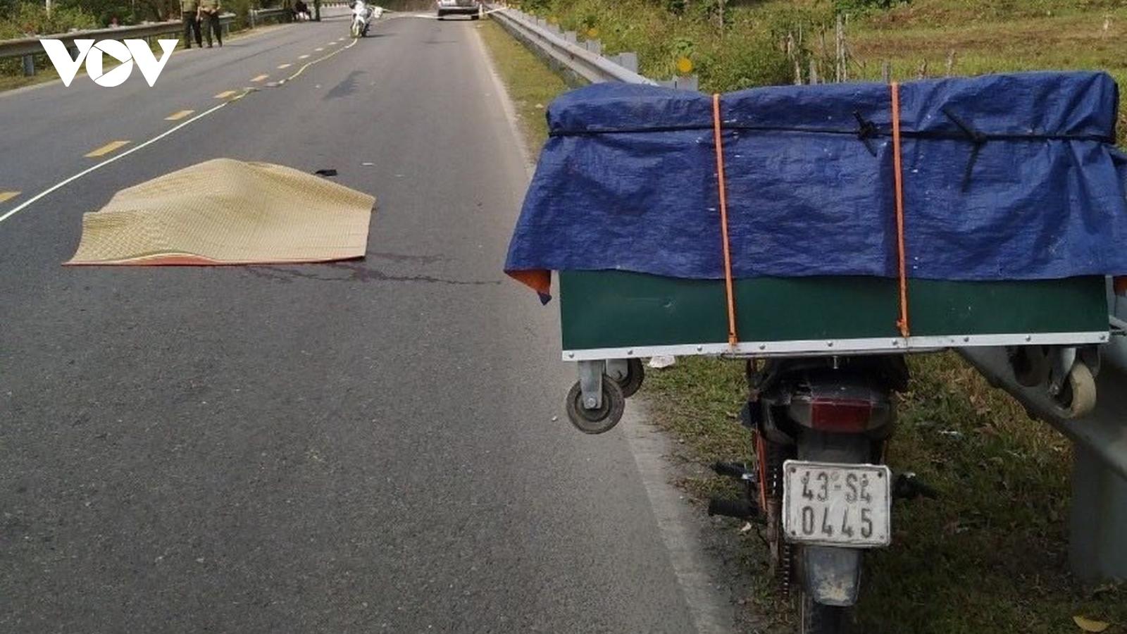 Điều tra vụ thanh niên tử vong bất thường trên đường Hồ Chí Minh