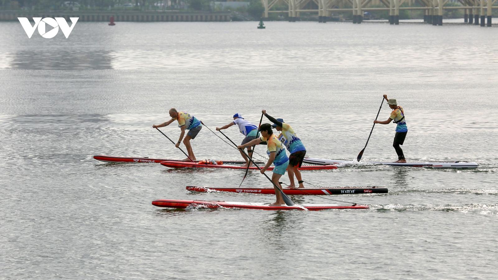 Ấn tượng với Da Nang SUP Race 2021 trên sông Hàn