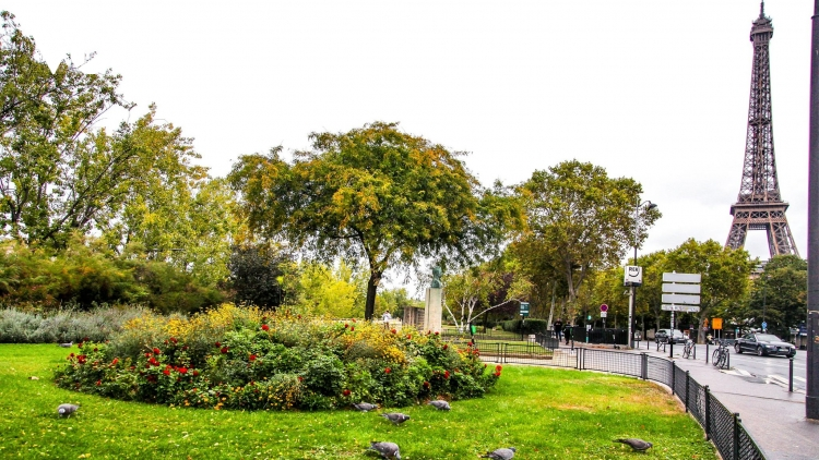 Paris thúc đẩy du lịch xanh